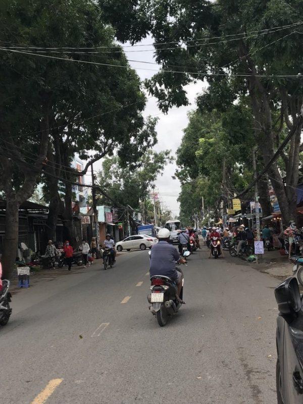 bán nhà mặt tiền đường Phạm Hữu Lầu